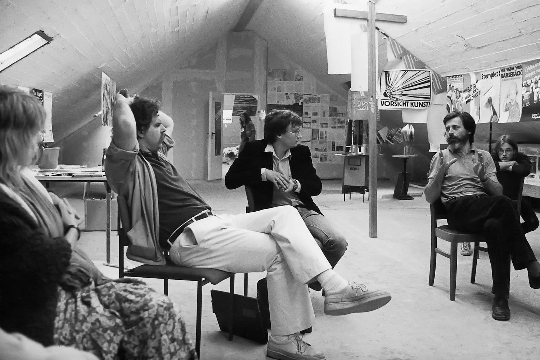 Documenta Workshopteilnehmer*innen (v.l.n.r) Anna Heine, Dirk Reinartz, Tobias Heldt, Hervè Fischer